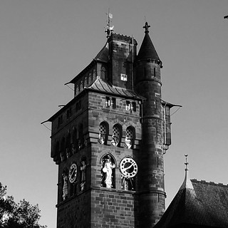 Tŵr Castell Caerdydd