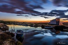 Les Barques -The boats - (Shoot Enraw) Tags: barques leverdesoleil sunrise pêcheurs 110160mmf28 nikond7200 poselongue