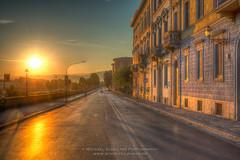 Florenz_MSC7786_7_8 (! . Michael Schultes . !) Tags: florenz fotoreise gegenlicht italia italien sonne sonnenaufgang strasse toskana