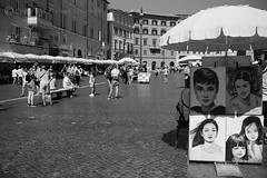 Volti Celebri (RM) / Famous Faces (RM) (Stefano Innocenzi) Tags: roma piazza street persone volti streetereportage celebri