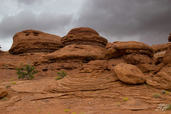 Rocks & Clouds (KGHofSF) Tags: canyonlands geology kgh kghofsf nationalpark navajosandstone rocks sandstone sedimentary usa utah clouds juniper photo photograph photography precipitation rain rainy redrock sky slickrock storm weather