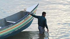 Salute (SANAND K) Tags: keralaflood kerala kollam india fishermen sonofsea sea flood rescue heroes boats boat