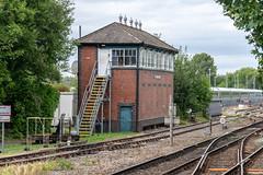 A lovely signal box (d0mokun) Tags: stourbridge england unitedkingdom gb railway signal box