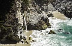 McWay Falls (Blazing Star 78613) Tags: waterfall bigsur mcwayfalls juliapfeifferburnsstatepark california californiacoast californiacentralcoast californiastateroute1 californiastateparks