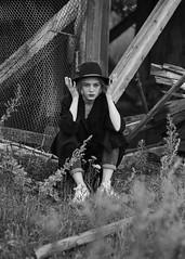 helen (Tess Trunk) Tags: art actress actressportfolio autumn canon daylight manual sadness faded manuallens manualfocus bright bw black blackandwite conceptual darkart dark model modeltest moody mood outdoor blonde womanportrait emotion feelingsemotions sensitive fragility portrait hat poetry visualmetaphor sensual