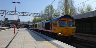 66720 & 92014 get a signal check at Stafford with the 0Z51 Loughborough to Crewe loco move, 22nd April 2015.