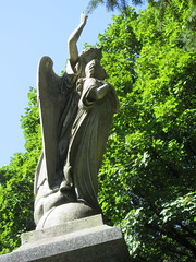 Arms Up Standing Angel Green-Wood 9248 (Brechtbug) Tags: arm up seated angel greenwood cemetery wings and missing hand stone coffin looking away brooklyn nyc 2018 new york city 09012018 statue tomb marker sculpture tombstone graveyard grave yard serenity lady turning grief grieving mourning mourner mourn