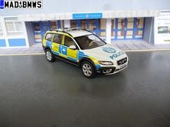 (08) Volvo XC70 Police Scotland SY60BHJ (mad4bmws@hotmail.com) Tags: 143 volvo xc70 d5 awd police scotland rpu traffic diesel sy60bhj sy60 bhj abnormal load escort vehicle mad4bmws