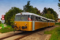golden train (try...error) Tags: hss sliderssunday sky blue train classic gold sunday leica c clux streetcar