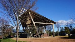 BBQ and shelter shed Lake Ginninderra (spelio) Tags: act canberra australia