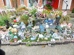 Garden Treasures, Worcester, Sep 2018 (allanmaciver) Tags: collector things worcester england city walk houses gnomes crammed garden display unique colours allanmaciver