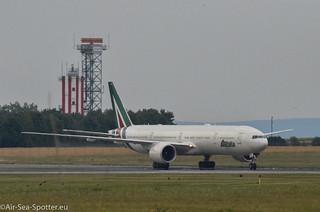 Boeing 777-3Q8(ER) EI-WLA