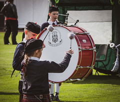 Pipes and Drums - Cowal Highland Gathering 2018 (GOR44Photographic@Gmail.com) Tags: pipes drums cowal highlands highlandgathering dunoon argyll scotland portrait people gor44 panasonic g9 45200mmf456