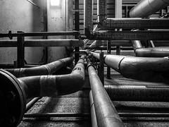 (Anthez Anthez) Tags: anthez noiretblanc noir usine mecanic industrie indus industriel art modern bnw blackandwhite demeure asterion monochrome light neon sombre étrange strangeness étrangeté dark industrial anthezanthez tuyau vapeur steam machine machina