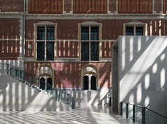 Cruz y Ortiz. The new Rijksmuseum #18 (Ximo Michavila) Tags: cruzyortiz architecture archidose archdaily archiref netherlands amsterdam rijksmuseum museum art interior antoniocruz antonioortiz architects shadow windows stairs bricks concrete
