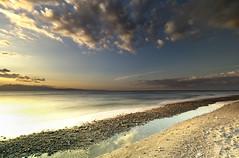 Il tempo passato (Gio_guarda_le_stelle) Tags: sescape nostalgia i mare sea sand soft mar jonio luce softness sabbia riflesso 50 compleanno sunset tramonto