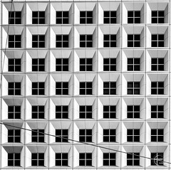 So many squares 🤔 (Julien CHARLES photography) Tags: europe france ladefense ladéfense ladefensedistrict paris archi architecture fineart geometric geometrique grandearche minimal minimalism minimalist symetric symetrie windows