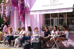 Tables for two..... (markwilkins64) Tags: markwilkins streetscene candid streetphotography street cafe pink belgravia elizabethstreet london