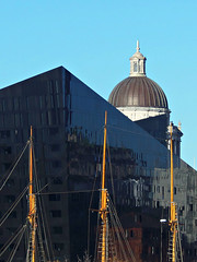 The Top Bits, Liverpool, England (teresue) Tags: 2017 uk unitedkingdom greatbritain england merseyside liverpool thevilma avenuehq portofliverpoolbuilding masts