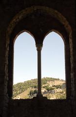 Bifora castello Caccamo (PA) (OtoCiccio) Tags: bifora madioevale castello finestra arco veduta