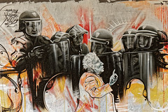 Tout n'est pas encore entièrement noir (Jean-Marie Lison) Tags: eos550d bruxelles anderlecht neerpede graphe graffiti