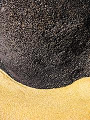 ShoreLine.jpg (Klaus Ressmann) Tags: klaus ressmann omd em1 abstract beach efuerteventura nature rock sand spring design flcabsnat lava minimal klausressmann omdem1