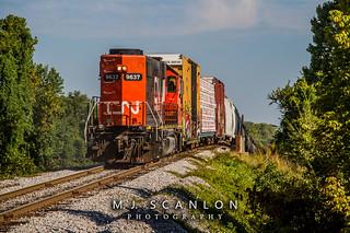 IC 9637 | EMD GP38 | CN Memphis Subdivision