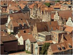 Lüneburg (Heinze Detlef) Tags: stadt lüneburg hansestadt salzlieferant häuser dächer vogelperspektive giebelfenster