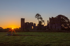 Bective Abbey at sunrise (Greg Carey) Tags: ruins church monastery ennistown navan ireland meath