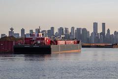 Seaspan 827 (ruthlesscrab) Tags: harbourside northvancouver bc canada burrardinlet vancouver seaspan barge downtown
