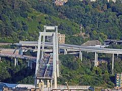 18082121223morandi (coundown) Tags: genova crollo ponte morandi pontemorandi catastrofe bridge stralli impalcato piloni vvf autostrada