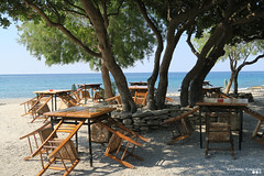 Waiting for guests to arrive... (Κώστας Καϊσίδης) Tags: southrethymno polyrizos crete greece hellas peristerebeach tavern taverna beach summer july ngc