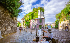 Paris, France - 17 (Dhina A) Tags: sony a7rii ilce7rm2 a7r2 a7r variotessar t fe 1635mm f4 za oss sonyfe1635mmf4 sel1635z tour holiday trip france montmartre artist art