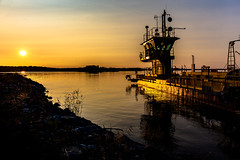 boat ferry docked in Puutossalmi (VisitLakeland) Tags: finland kuopio summer auringonlasku backlight evening ferry järvi kesä lake lautta lossi luonto maisema nature outdoor scenery sun sunset vastavalo water
