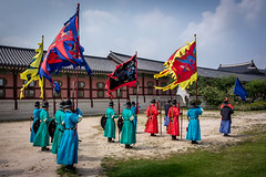 Seoul - Gyeongbokgung palace (Ry W) Tags: 2017 backpacking building changingoftheguard color colors environmental guard gyeongbokgung historical korea nex7 portrait seoul sonyalphanex7 southkorea travel