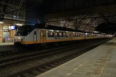 SGMm 2974 en 2122 te Zwolle (vos.nathan) Tags: ns nederlandse spoorwegen sgmm zwolle zl