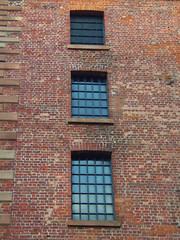 Royal Albert Dock Windows, Liverpool, England (teresue) Tags: 2017 uk unitedkingdom greatbritain england merseyside liverpool windows bricks albertdock royalalbertdock warehouse