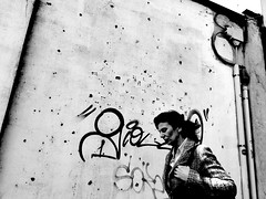 P4060644 (gpaolini50) Tags: emotive esplora explore explored emozioni explora emotion emotivestreet photoaday photography photographis photographic photo phothograpia portrait pretesti photoday people bw biancoenero blackandwhite city cityscape