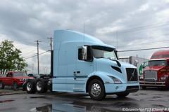 2019 Volvo VNR640 (Trucks, Buses, & Trains by granitefan713) Tags: truck bigtruck bigrig heavyduty tractortrailer tractor trucktractor sleeper sleepertractor volvo volvotruck volvovnr vnr newtruck