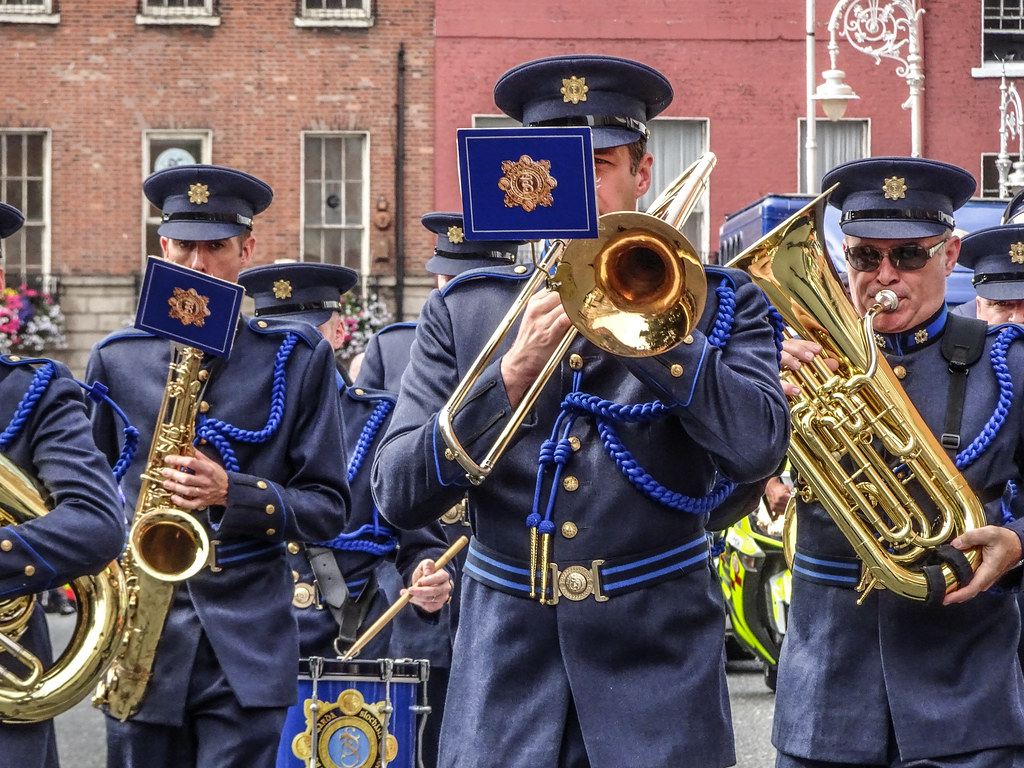 NATIONAL SERVICES DAY [PARADE STARTED OFF FROM NORTH PARNELL SQUARE]-143547