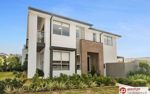 15 Mooney Av, Moorebank NSW 2170