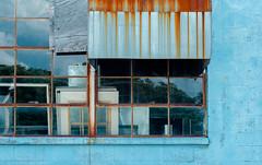 (jtr27) Tags: dscf1269xl2 jtr27 fuji fujifilm xe2s xtrans nikon seriese 50mm f18 manualfocus blue building reflection rust hood maine newengland