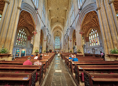 Bath Abbey (abtabt) Tags: unitedkingdom uk england bath georgianarchitecture architecture abbey church handheldhdr d700sigma1224 stainedglass