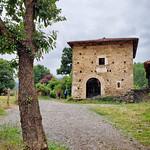 Stone structure along the Camino Primitivo near Salas thumbnail