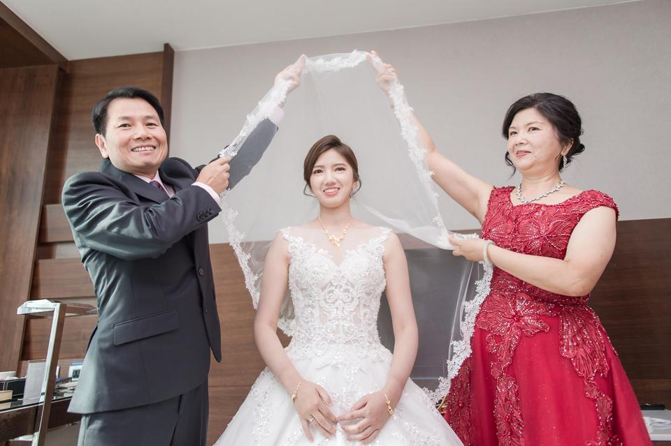 高雄婚攝 海中鮮婚宴會館 有正妹新娘快來看呦 C & S 062