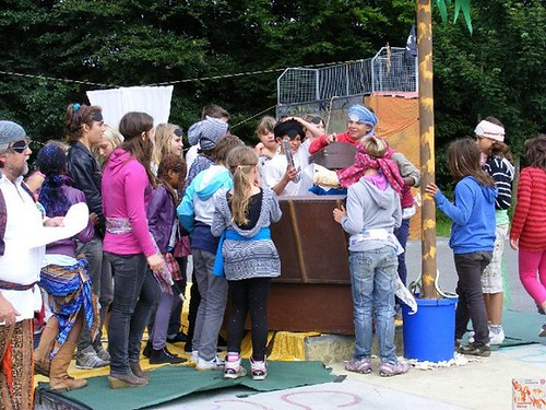 "Spaß im Park 2012 • <a style=""font-size:0.8em;"" href=""http://www.flickr.com/photos/69570948@N04/29170550897/"" target=""_blank"">View on Flickr</a>"