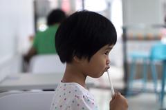 喝牛奶 (moseskim27) Tags: f28 taiwan zhubei m42 竹北 711 madeinussr helios44258mmf2 child toottoot drinking
