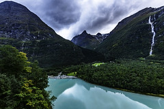 Norway_lovatnet_2