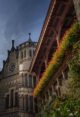 Schloß Marienburg Innenhof / Castle Marienburg courtyard (jörg opfermann) Tags: sony ilce 7m2 24240mm schloss marienburg niedersachsen deutschland castel germany