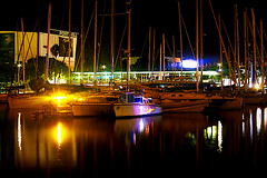 Port De Barcelona - A la nit (Fnikos) Tags: port puerto porto harbour harbor sea water waterfront sky skyline color colour architecture boat light dark reflection night nightview nightshot outdoor